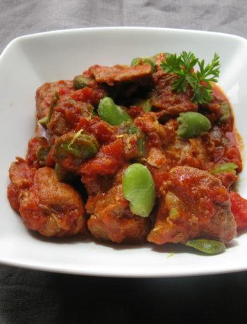 Sauté de veau à la tomate et aux fèves