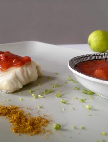 Poisson sauce tomate au curry et citron vert