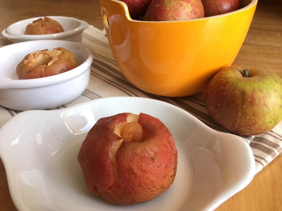 Pommes au four déguisées au fruits secs