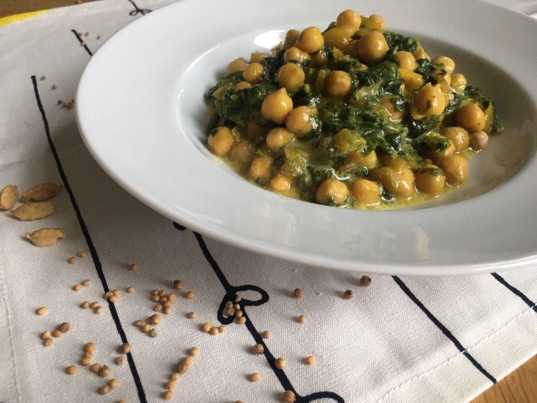 Curry de pois chiches & épinards au lait de coco