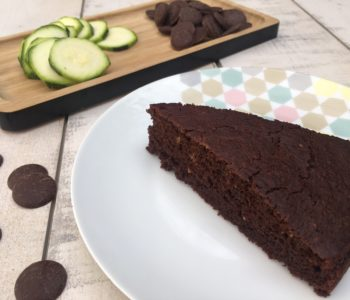 Gâteau au chocolat et à la courgette sans matière grasse